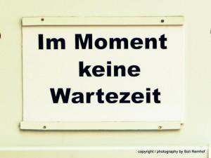 0412_Berlin_Steglitz_Schild_KeineWartezeit